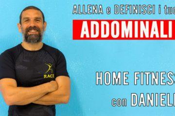 Addominali scolpiti con esercizi crunch e crunch laterali – Home Fitness con Daniele