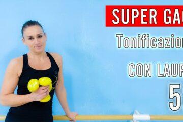 SUPER GAG! Tonificazione. Fitness Musicale con Laura 52